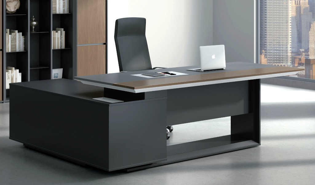 Stylish larry office table in wood leather boss 39 s cabin for Office pictures