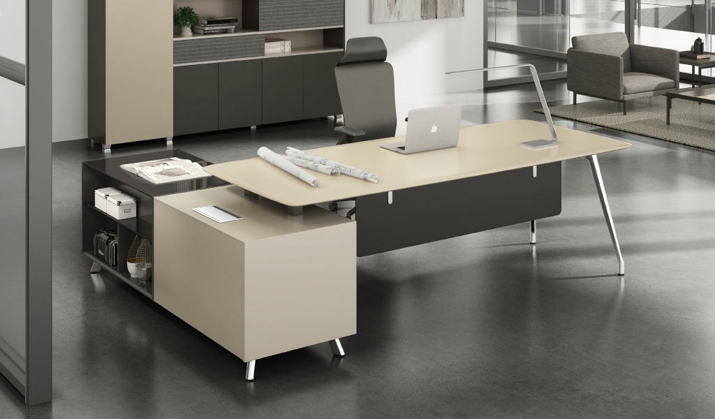 Contemporary Varna Office Table In Lacquer Boss S Cabin